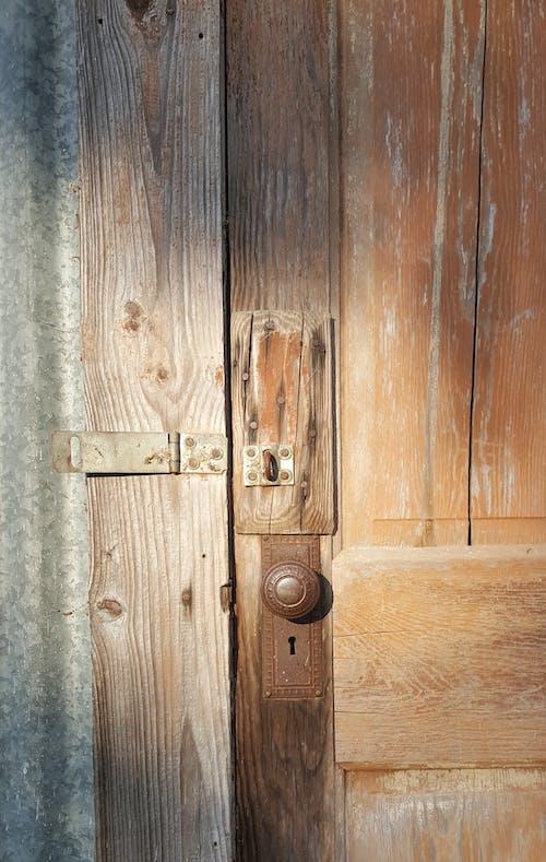 Fotobanka sbezplatnými fotkami na tému drevený, dvere, gombík, hrdzavý