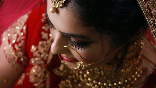 Immagine gratuita di donna indiana, donne asiatiche, fotografia di ritratto, gioielleria
