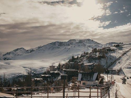 Gratis arkivbilde med fjell, landskap, landskapsfotografering, snø