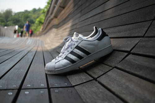 Gratis stockfoto met adidas, schoen