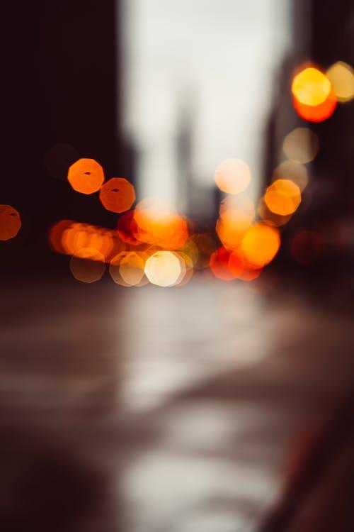 aydınlatılmış, bokeh, bulanık, bulanıklık içeren Ücretsiz stok fotoğraf