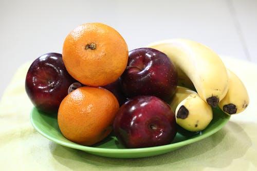 apple, Limon, muz, narenciye içeren Ücretsiz stok fotoğraf