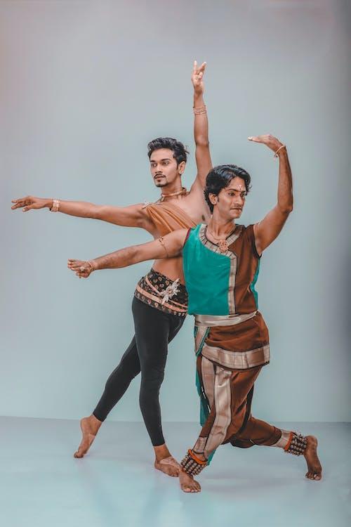 インドア, エディトリアルファッション, コンテンポラリーダンサー, スキルの無料の写真素材