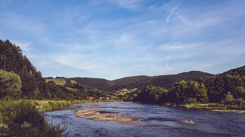 Foto stok gratis hijau, langit biru, pemandangan indah, sungai