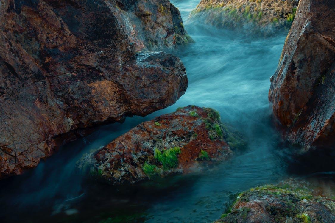 rock, βράχος, ποταμάκι