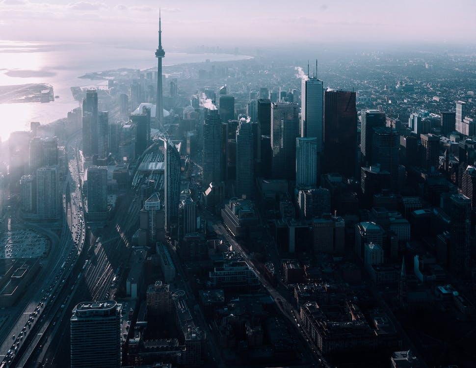 ban ngày, bầu trời, các tòa nhà