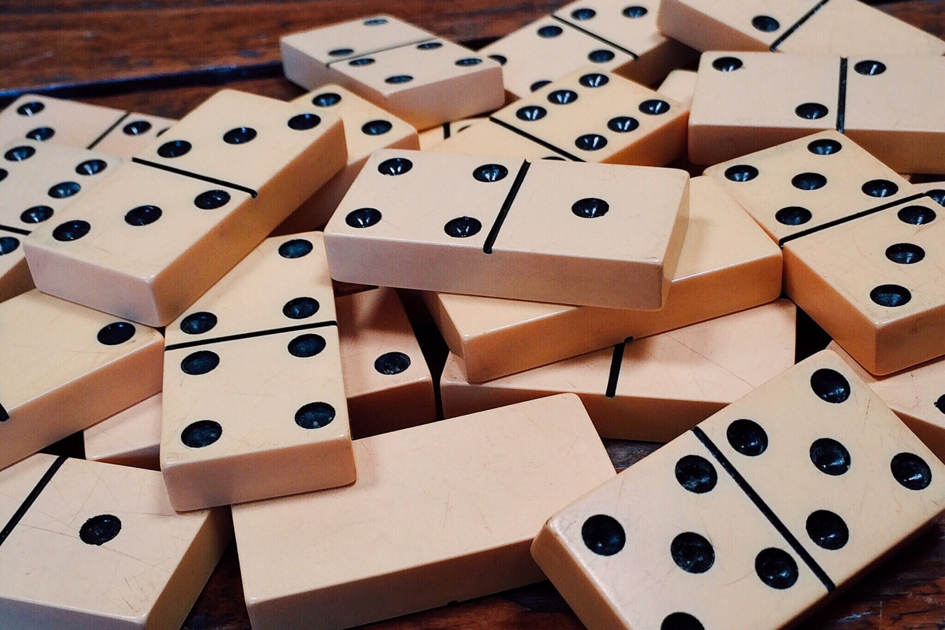Domino Piece Lot