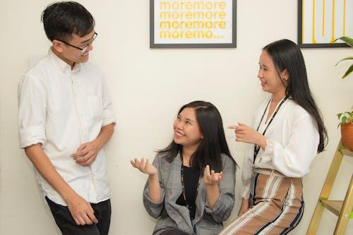 Foto profissional grátis de agência, ambiente de trabalho, atenção, brainstorm