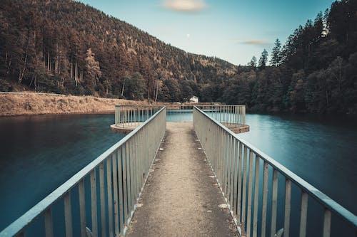 Δωρεάν στοκ φωτογραφιών με βουνά, γαλάζια νερά, γαλάζιος ουρανός, γραφικός