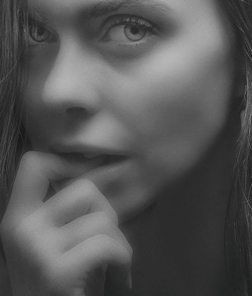 Fotobanka sbezplatnými fotkami na tému глаза, губы, девушка, женский пол