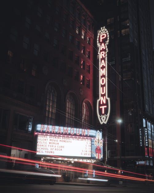 Základová fotografie zdarma na téma architektura, billboard, Broadway, budova