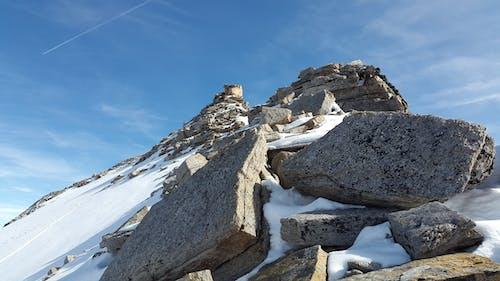 Foto stok gratis alpine, awan, bukit, di luar rumah