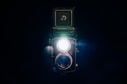 Gratis stockfoto met analoge camera, antiek, camera, cameralens