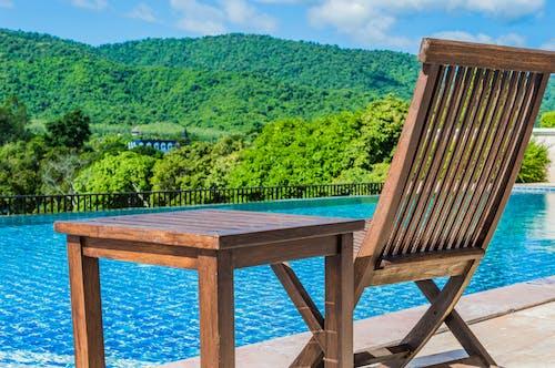 Fotobanka sbezplatnými fotkami na tému bazén, drevený, hory, hotel