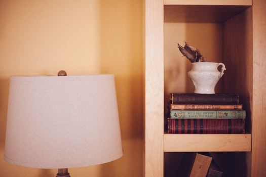 Free stock photo of books, lamp, interior decoration, furniture