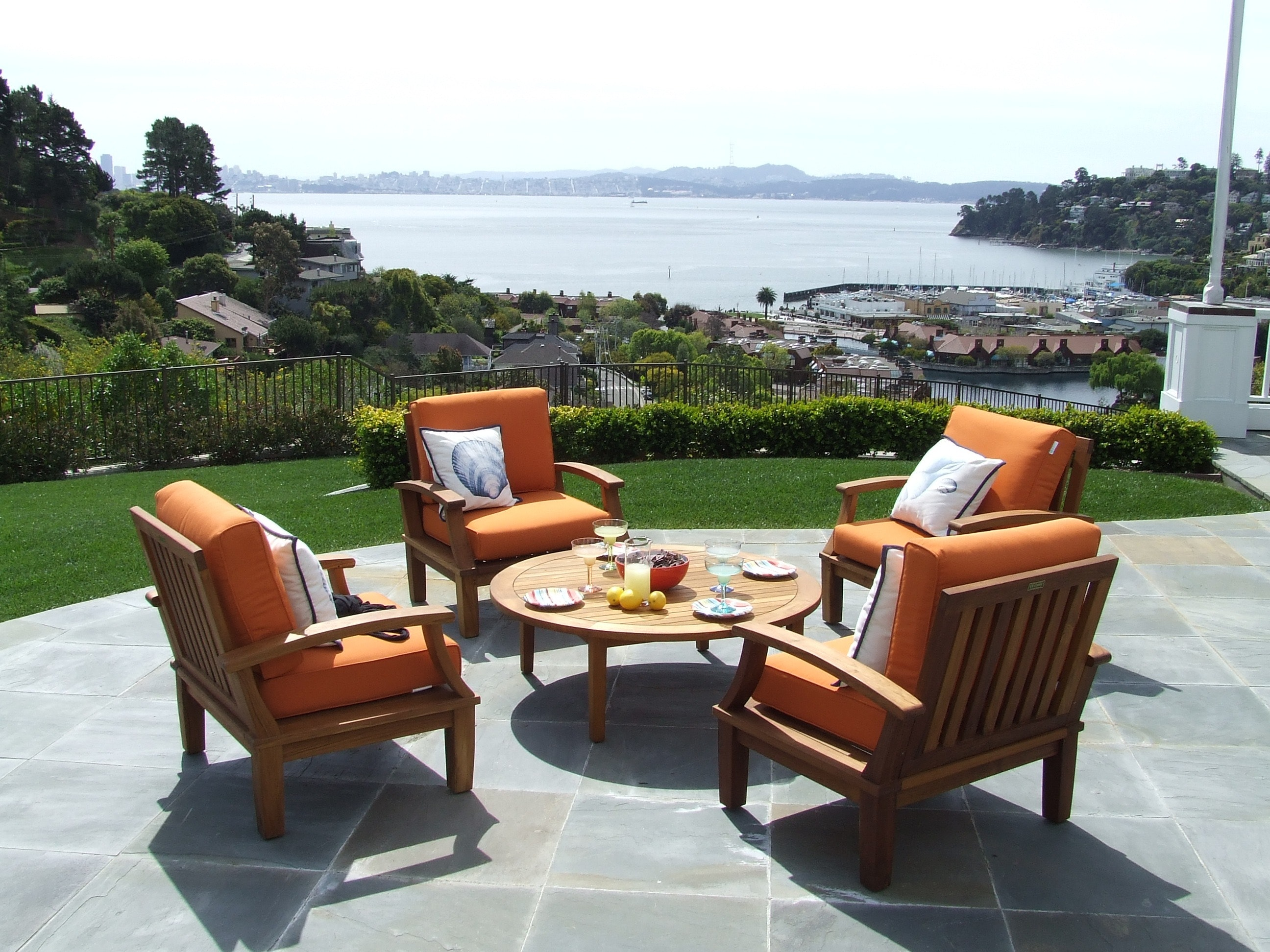 Best Outdoor Furniture for Oceanfront