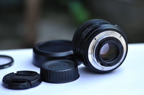 拆卸後的相機遠攝鏡頭的選擇性聚焦攝影