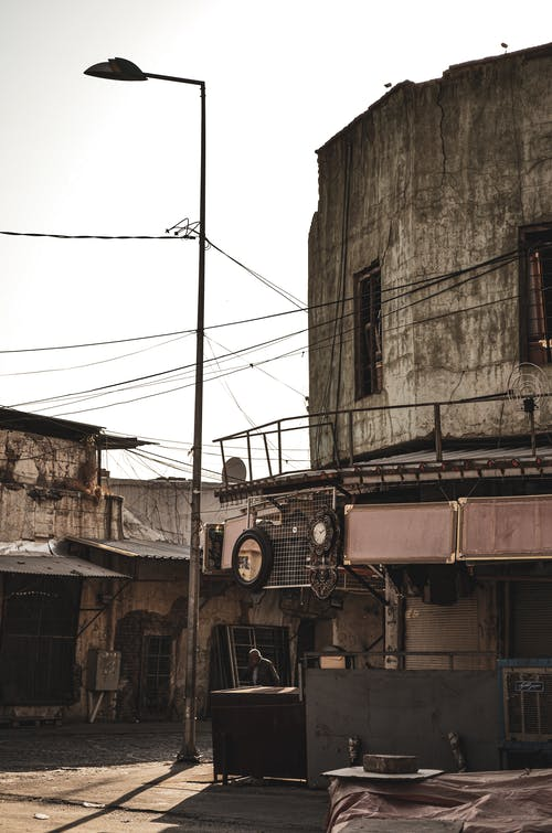 Free stock photo of old building, رجل مسن, سوق