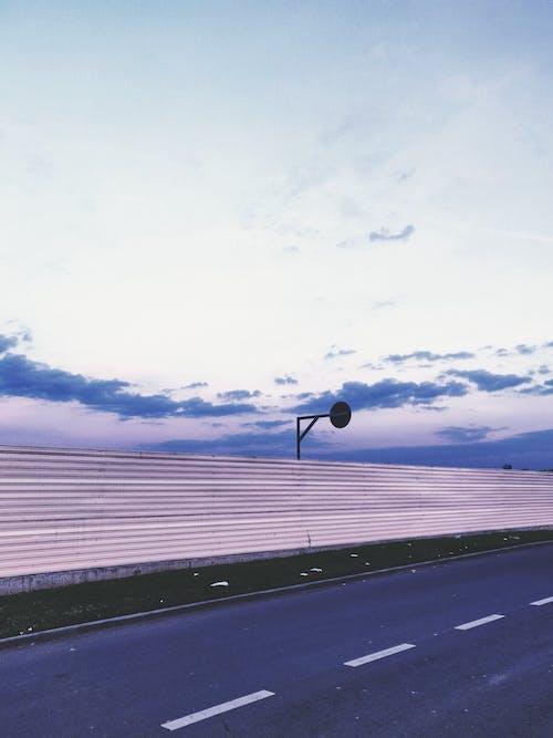 Imagine de stoc gratuită din asfalt, benzi, cer