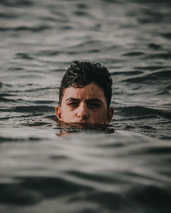 air, cairan, ganteng