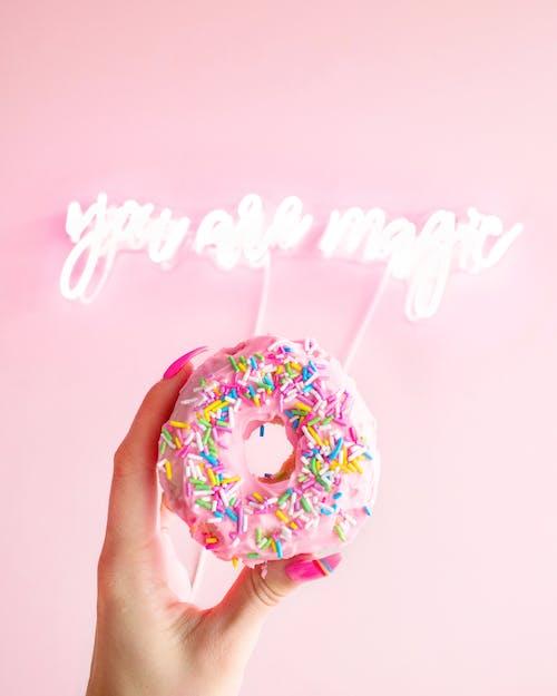 Безкоштовне стокове фото на тему «бризки, ви магія, випічка, доглянуті нігті»