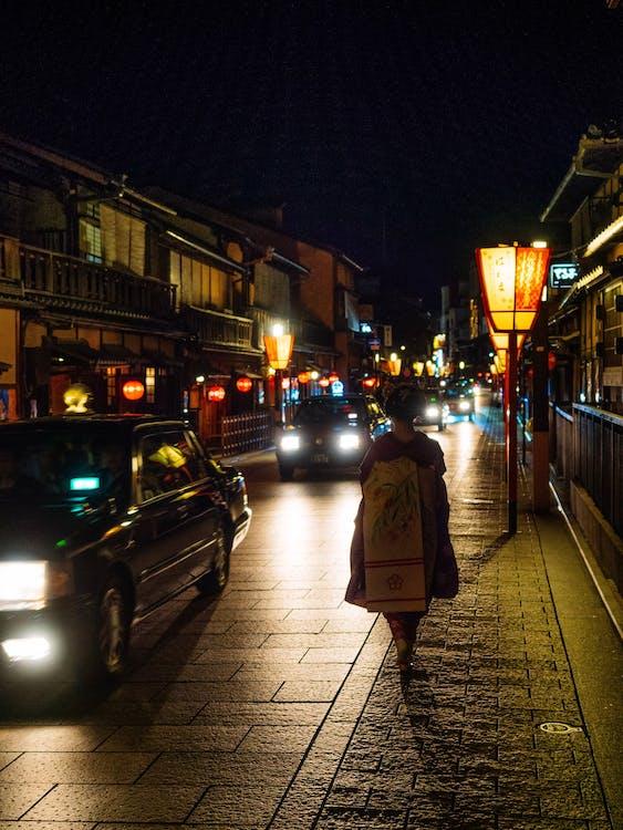 calle, caminar, geisha
