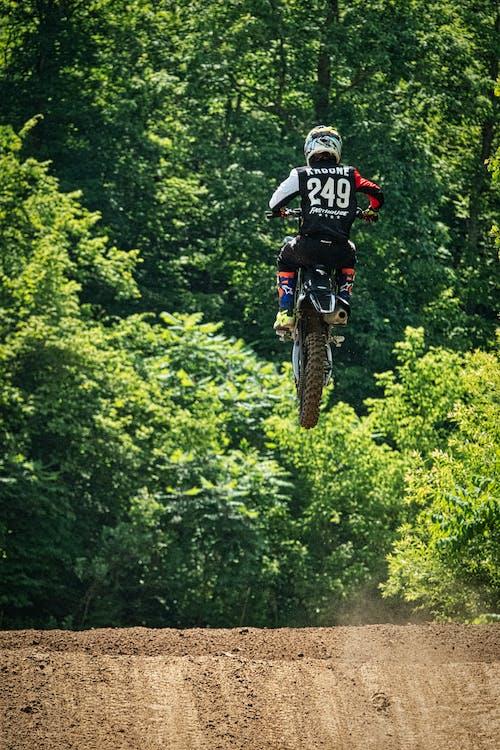 Безкоштовне стокове фото на тему «активний, байкер, відпочинок, велосипед»