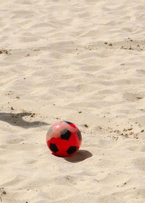 Gratis lagerfoto af ballon, fodbold, sand, sand-strand