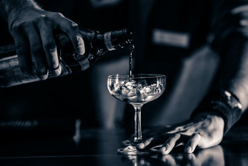 Fotos de stock gratuitas de beber, bebida alcohólica, blanco y negro, cristal