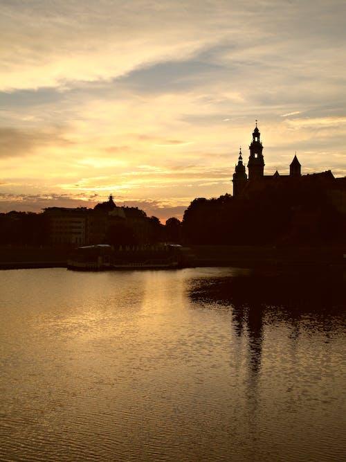 克拉科夫, 古老的城堡, 夕陽, 河 的 免費圖庫相片