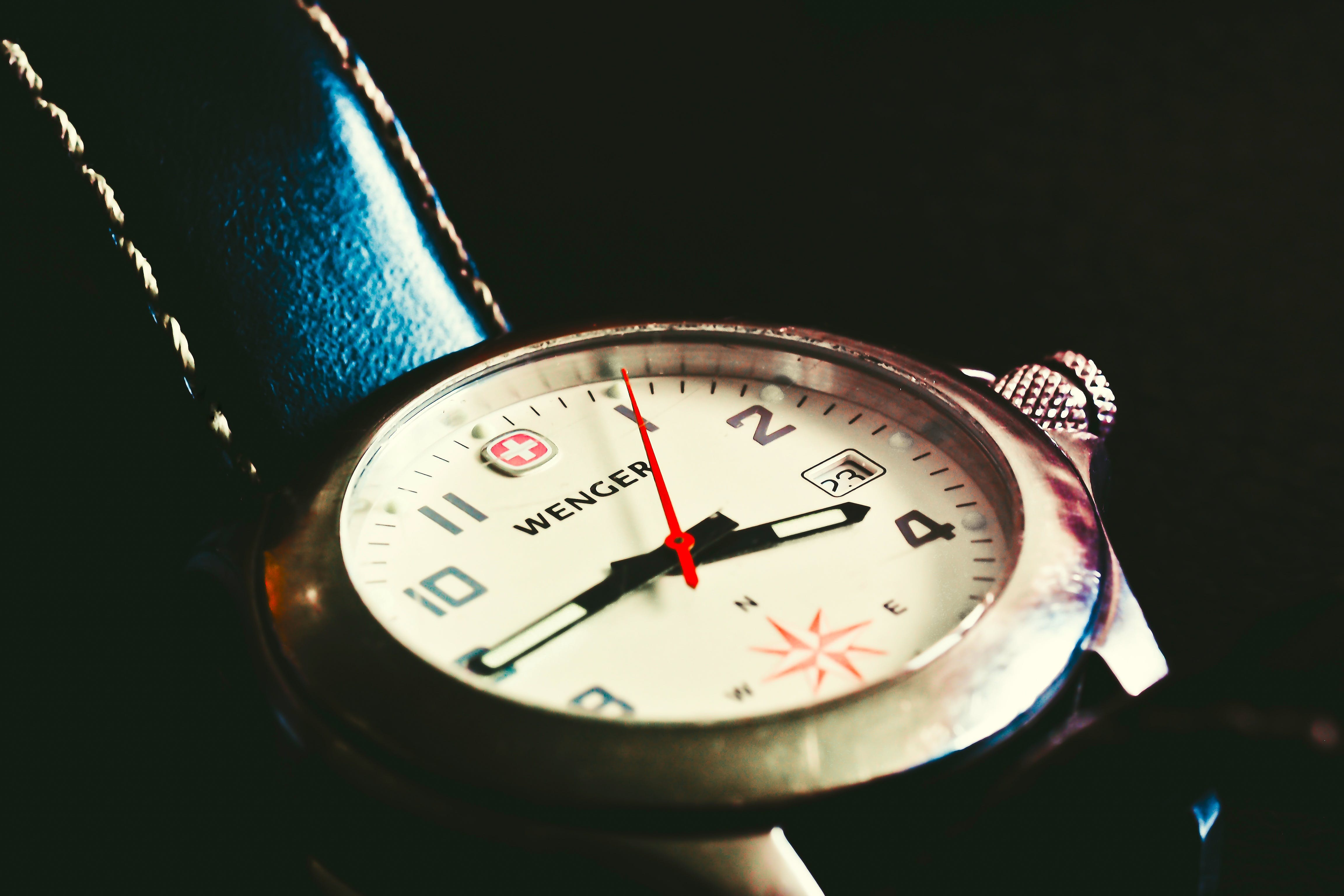 Free stock photo of wristwatch, time, watch, close-up