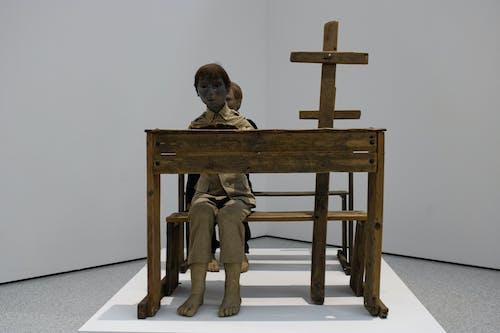 工藝, 文具, 木桌, 木製十字架 的 免费素材照片