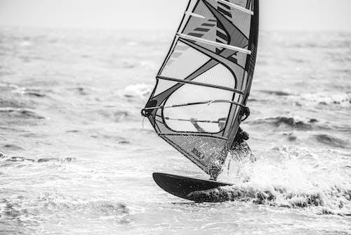 Безкоштовне стокове фото на тему «Віндсерфінг, море, прибій, хвиля»