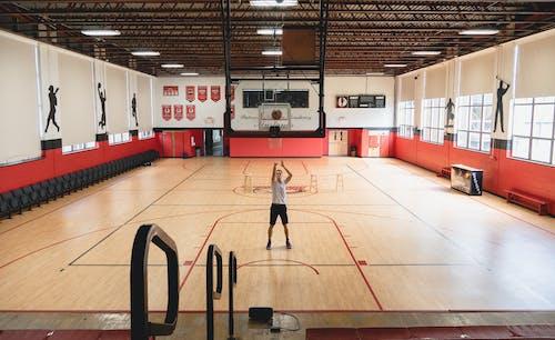 Foto profissional grátis de academia de ginástica, atleta, basquete, cor