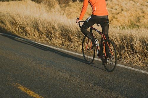 Immagine gratuita di avventura, bicicletta, ciclista, equitazione