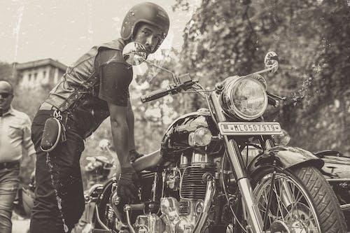 Бесплатное стоковое фото с мотоцикл, ретро
