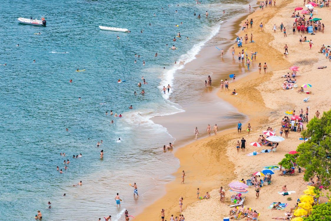 берег моря, бірюза, веселий