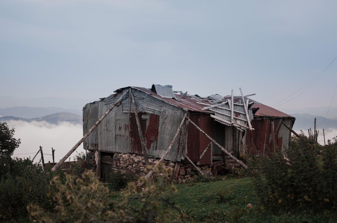 atap, bangunan terlantar, berantakan