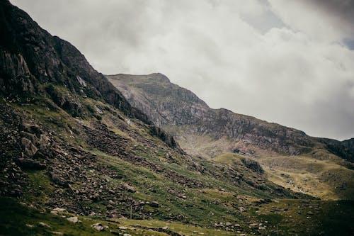 Foto stok gratis alam, awan, batu, berkemah