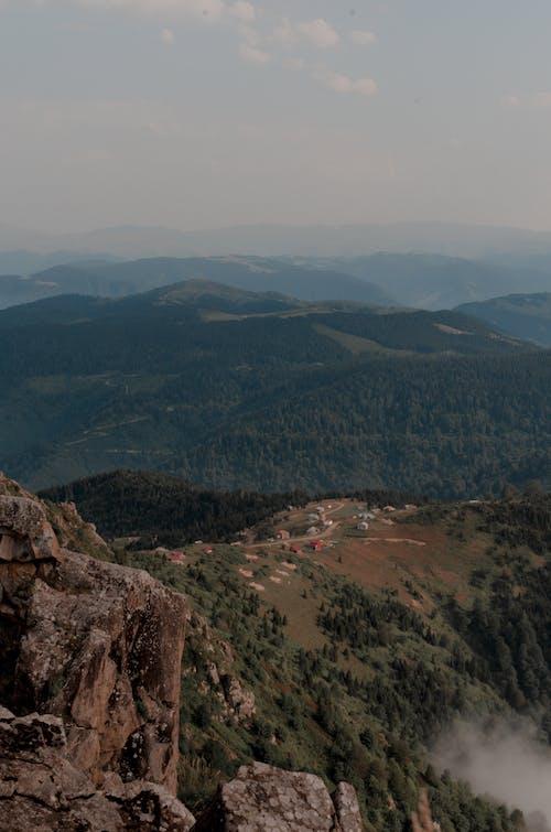 Gratis stockfoto met bergen, buiten, buitenshuis, concentratie