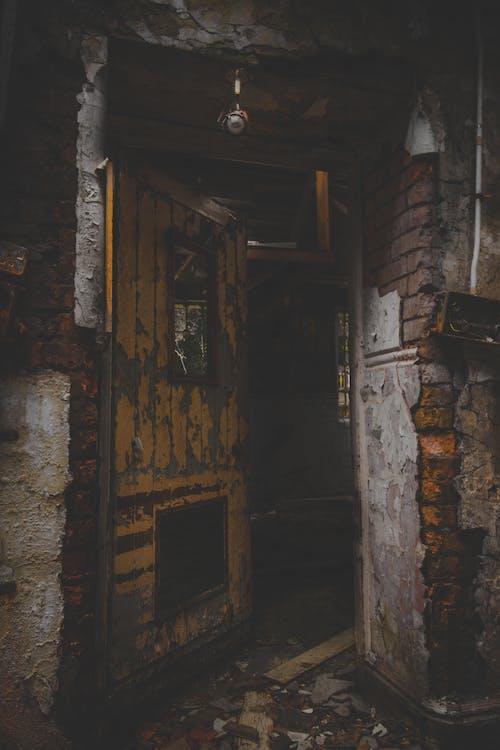 さびた, ダーク, ドア, ルームの無料の写真素材