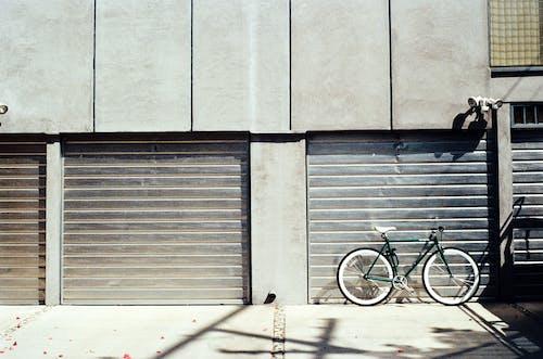 Immagine gratuita di bicicletta, box auto