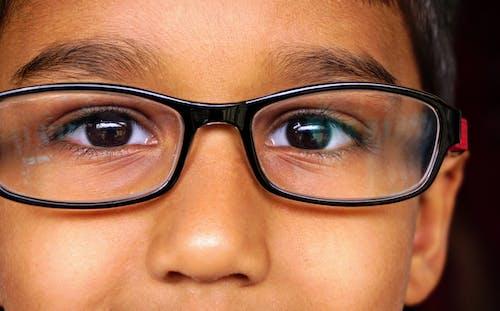 Ingyenes stockfotó álló kép, arc, barna, gyermek témában