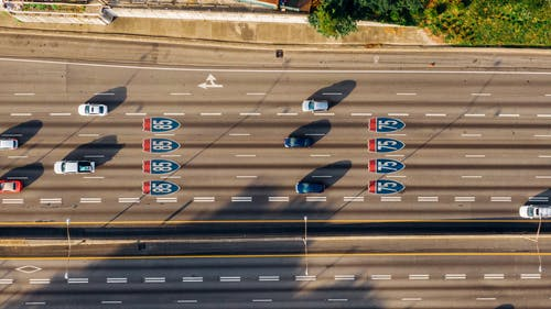 arabalar, Gezi, hava çekimi, kuş bakışı içeren Ücretsiz stok fotoğraf