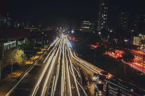 Imagine de stoc gratuită din asfalt, automobil, bulevard, clădiri de apartamente
