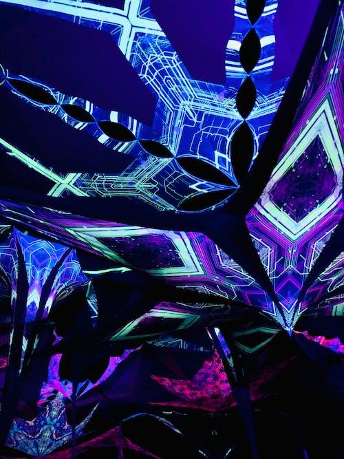 Immagine gratuita di festival, luce al neon, musica dal vivo, tribale