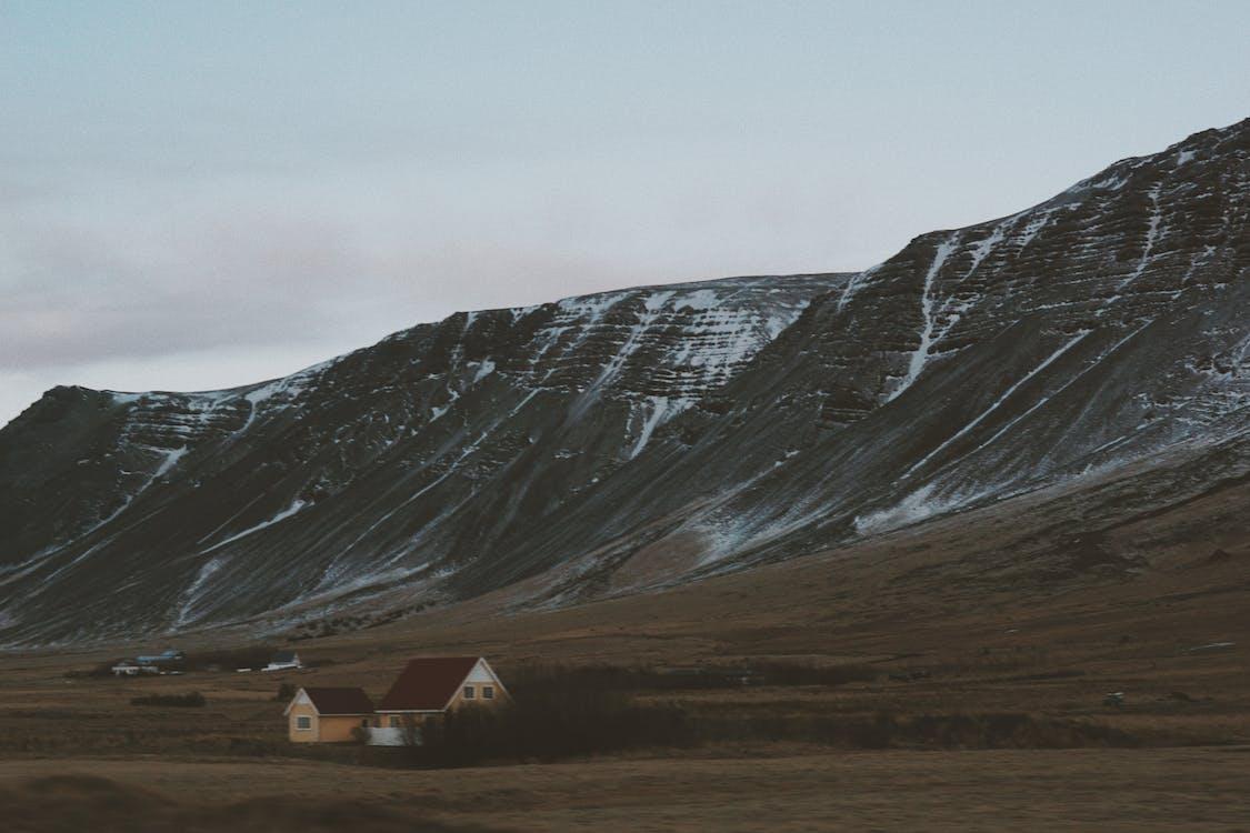αυγή, βουνό, γήπεδο