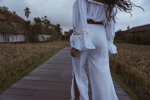 ドレス, ファッション, フィールド, 人の無料の写真素材
