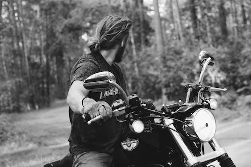アクション, アダルト, オートバイ, おとこの無料の写真素材
