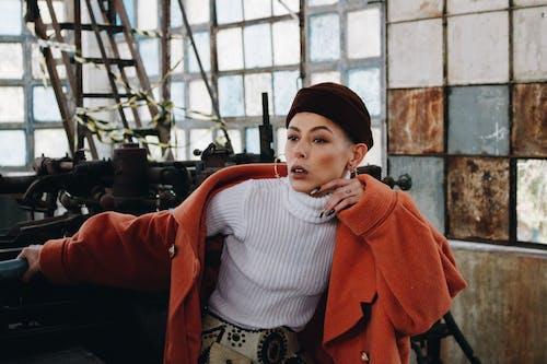 겉옷, 레저, 모델, 보고 있는의 무료 스톡 사진